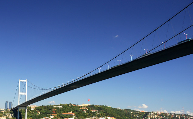 http://www.planpolitik.de/wp-content/uploads/2016/08/Bosphorus-Bridge-news.jpg